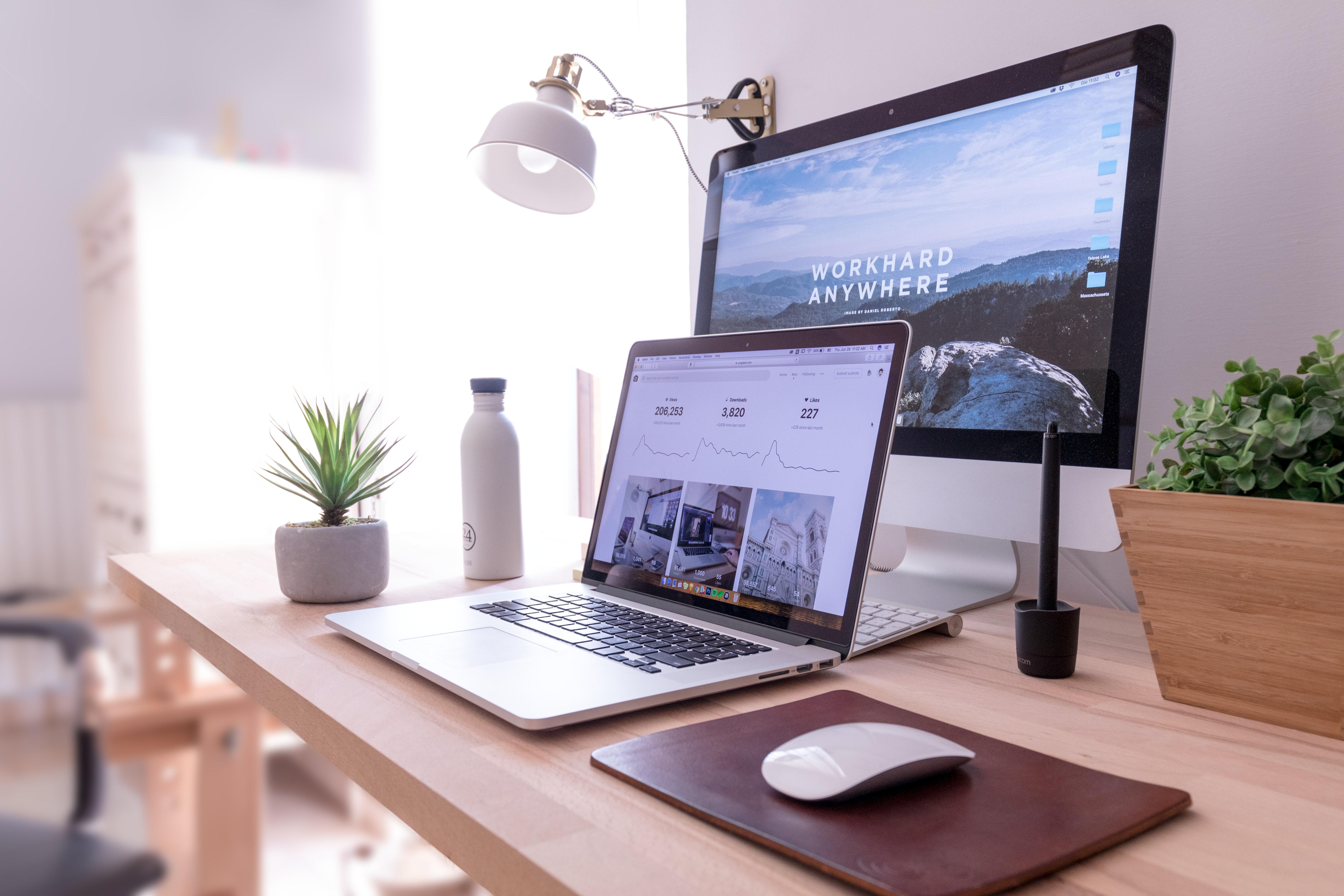 desk-ready-for-webinar